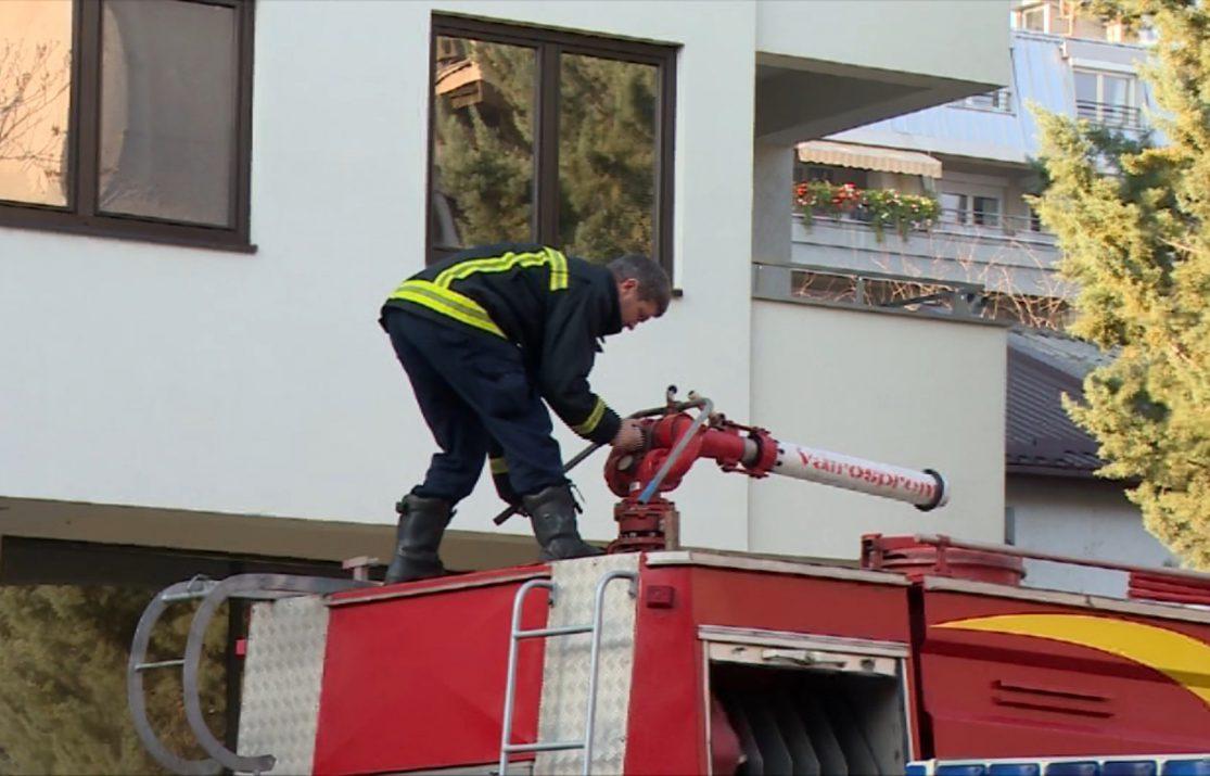 Антикорупциска отвора случај за пожарникарските скали од 1.700.000 евра кои ги купува Шилегов