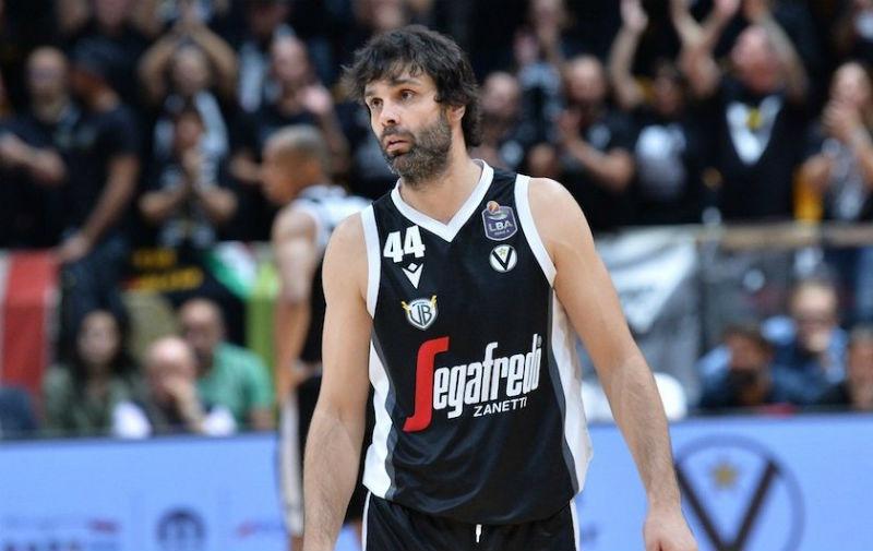 Теодосиќ повторно потврди каков е кошаркарски виртуоз (ВИДЕО)