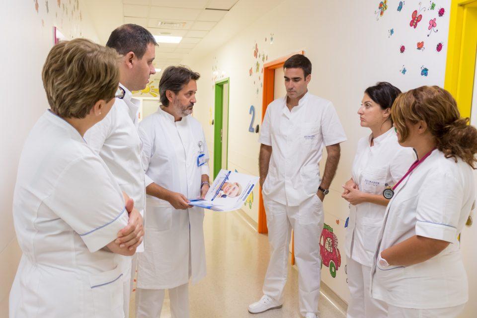 """За десет дена успешно оперирани четири бебиња со срцеви маани во """"Систина"""""""
