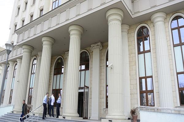 Одбраната бара предметот за 27 април да се рагледува во Хаг, не во Кривичен