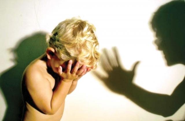 34 годишен скопјанец малтретирал и тепал со тупаници едногодишно дете