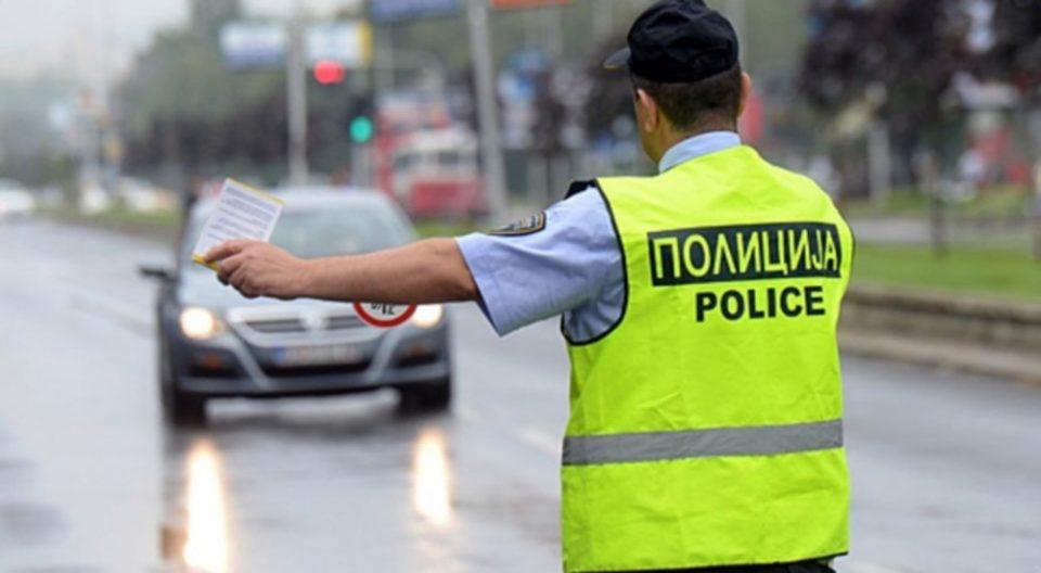 Пет возила се судрија кај Велес, шестмина повредени