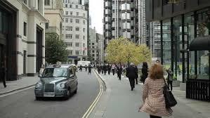 Британија ја затвора вратата за ниско квалификуваната работна сила