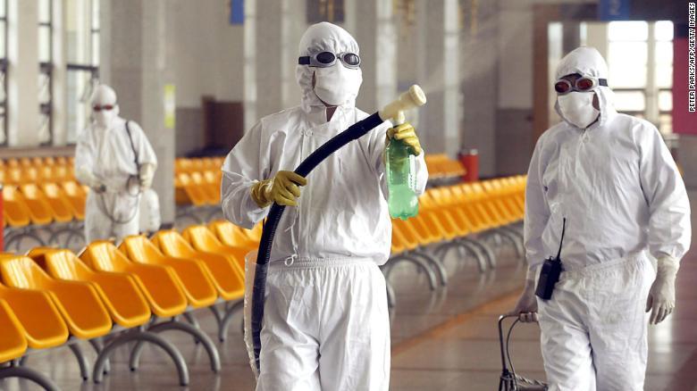 Смртни случаи на Балканот, светот се соочува со пандемија на Корона вирус