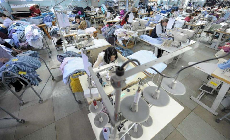 Текстилци на големо отпуштаат работници, за власта тоа не било ништо драматично