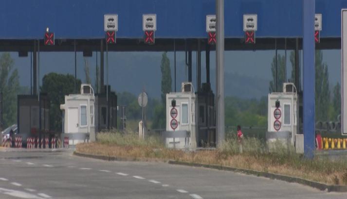 Европските земји се отвораат, Македонија сѐ уште тапка в место со затворени граници