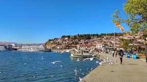 """Наместо со дивоградбите во Охрид, Владата се занимава со кадровско """"масакрирање"""" на Комисијата за природно и културно наследство на градот"""