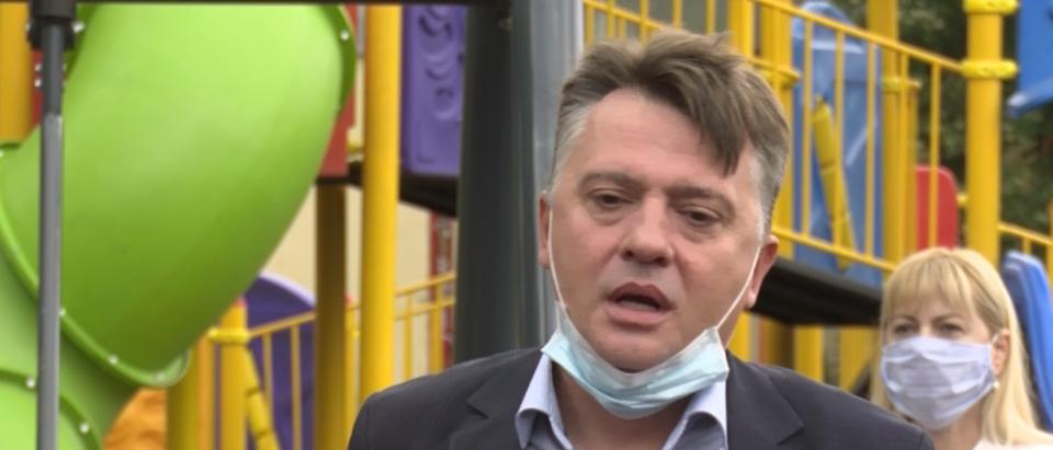 Џиповите во Дрисла ќе ги возат и новинарите – Шилегов ја правда скандалозната набавка среде пандемија