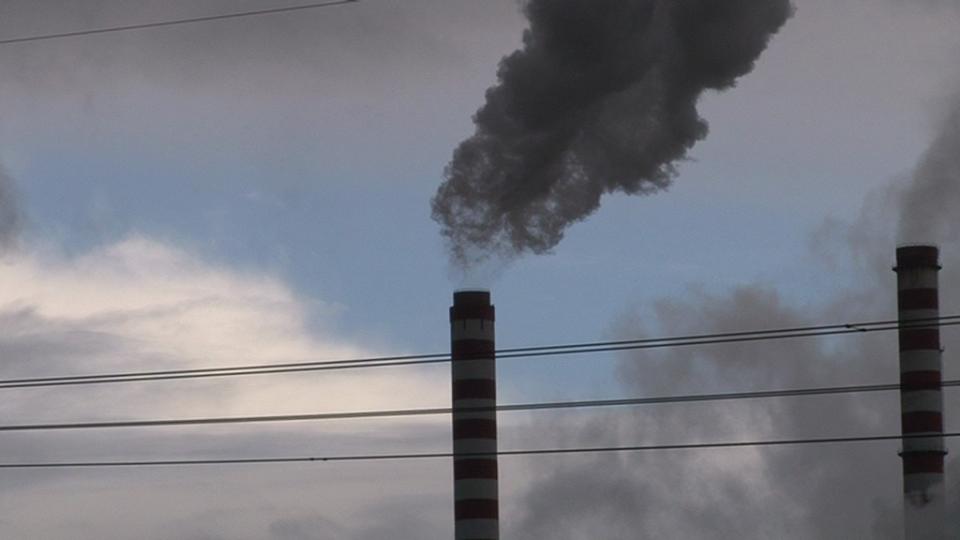 """Што го дуплира сулфур- диоксидот во РЕК """"Битола"""" – мерењето или мазутот?"""