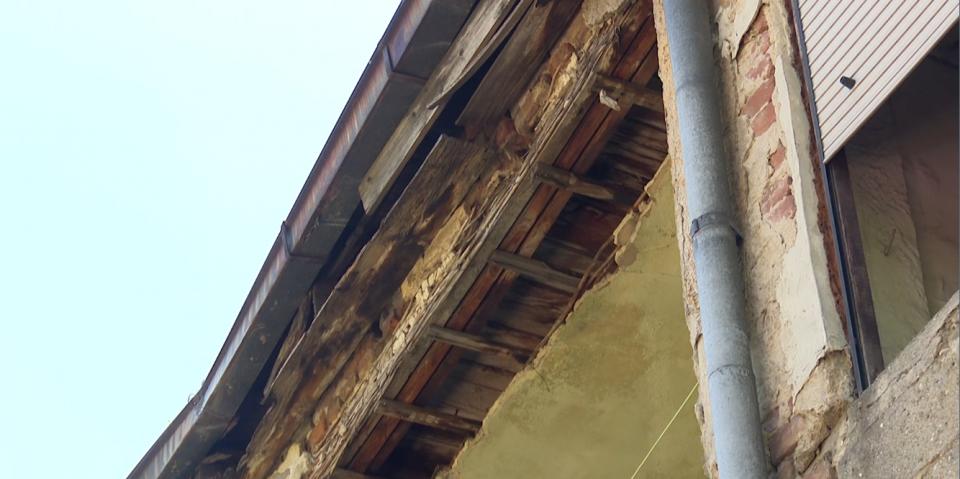 ГУП, па ДУП, па евентуално потоа нова зграда за станарите во рушевината во Мичурин
