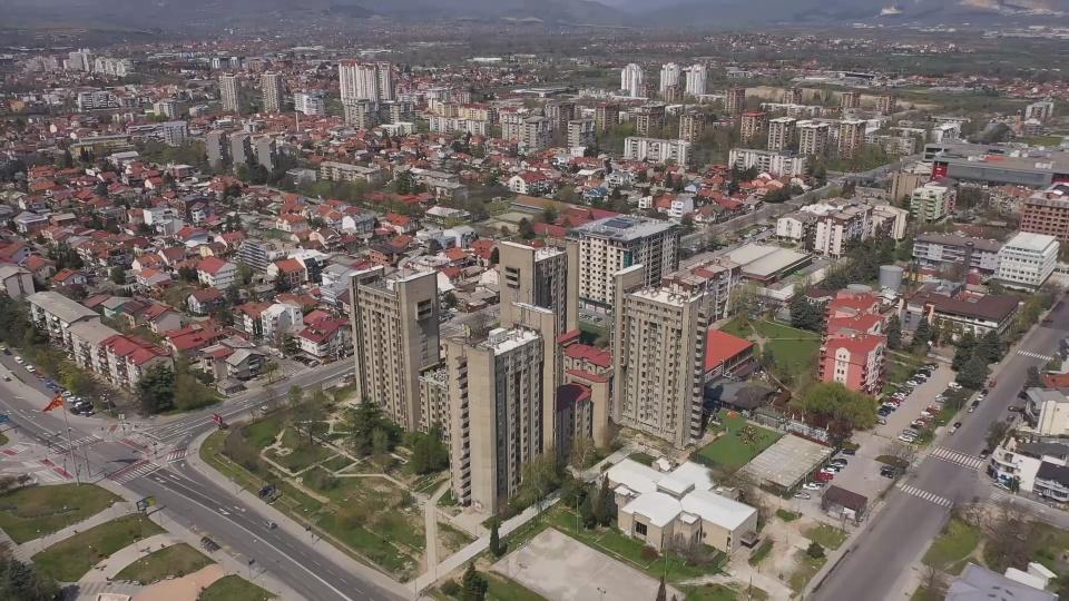 Битка за Скопје: Новите проекти на Арсовска, наспроти старите нереализирани на Шилегов