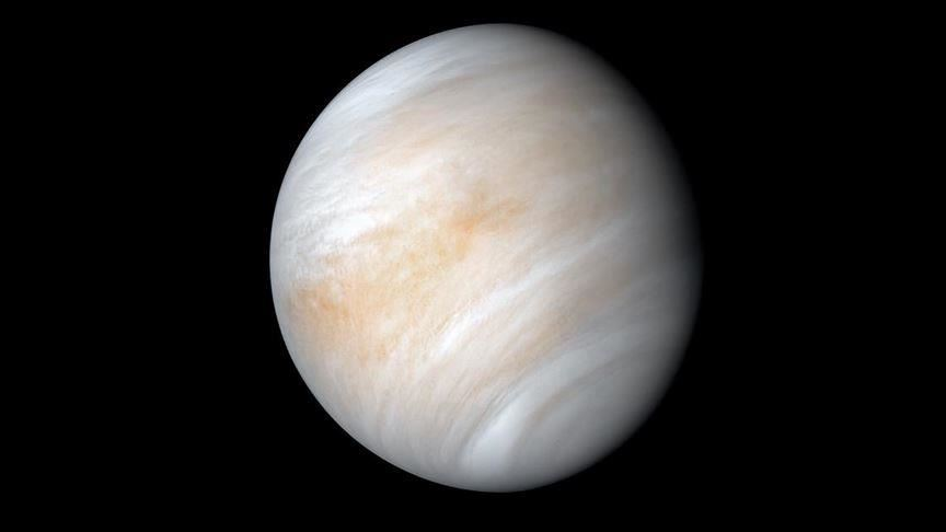 Во атмосферата на Венера се откриени траги од гасот фосфин, што може да навести досега непознати за науката процеси на оваа наша соседна планета.